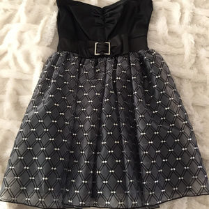 Mystic Black Sleeveless firm and flair Party Dress